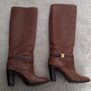 Vintage brown leather gucci boots size 37